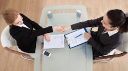 hiring out jelentese magyarul