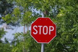 stop jelentese magyarul