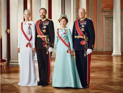 királyi hatalom angolul